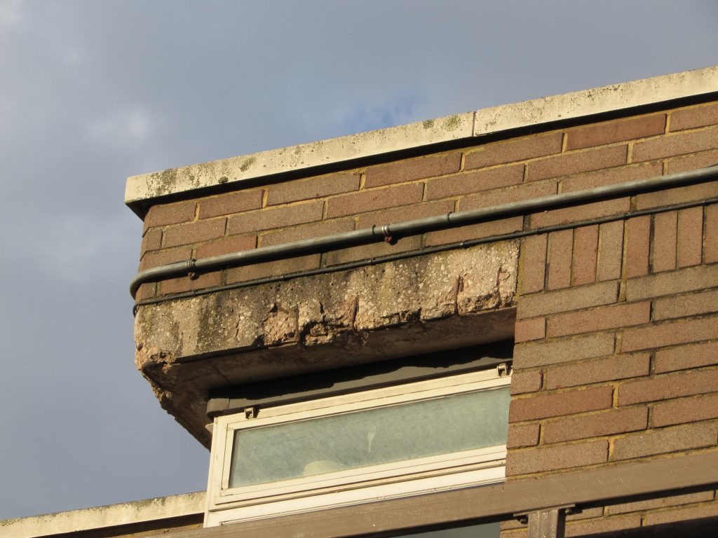 An example from near the roof-line, four storeys above ground level.